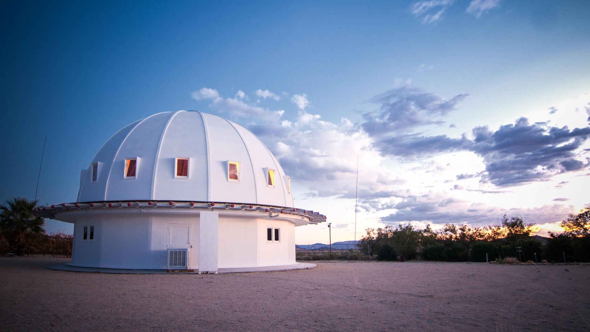 Integratron outer image